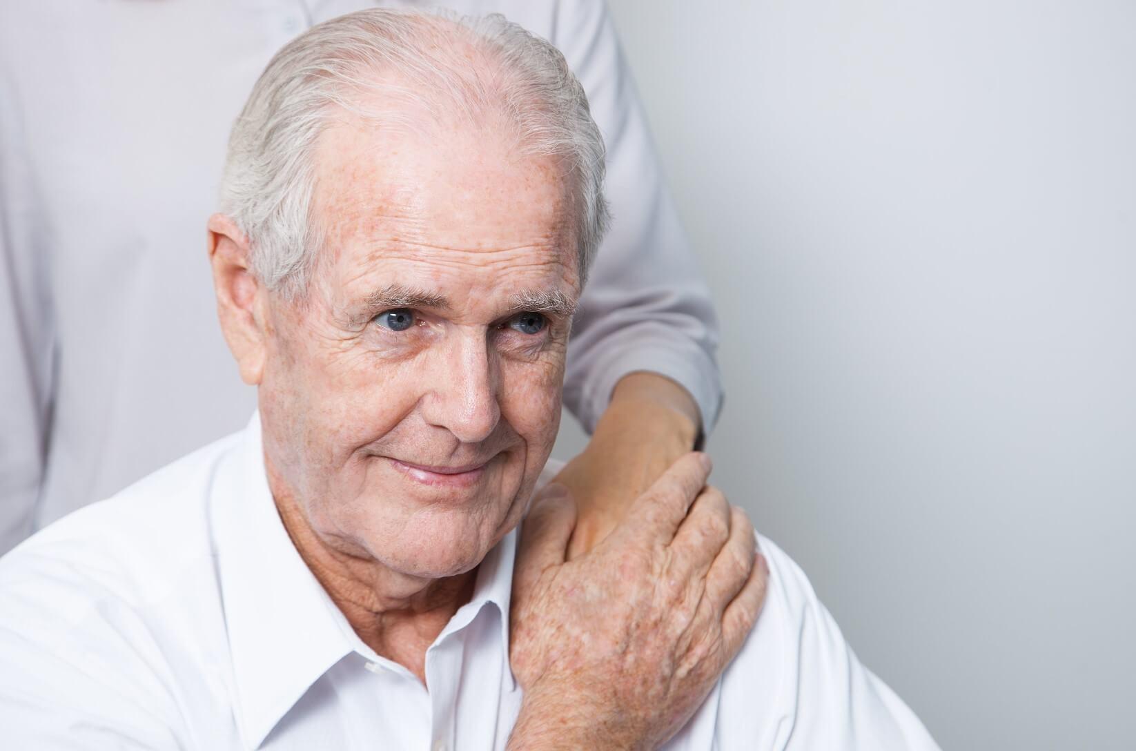 המדריך לטיפול ומניעת פצעי לחץ שכתבו העמותה לחקר ALS בישראל